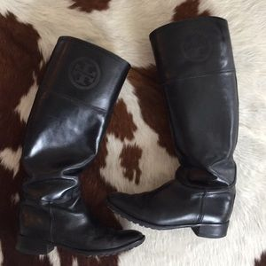 Tory Burch Boots - black leather.